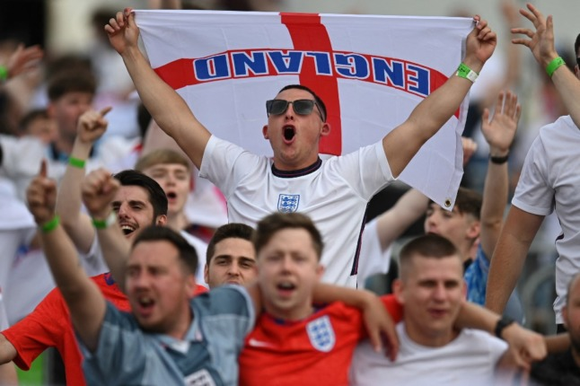 'No exceptions': Italy and UK warn England fans against travel to Rome for Euro quarter final