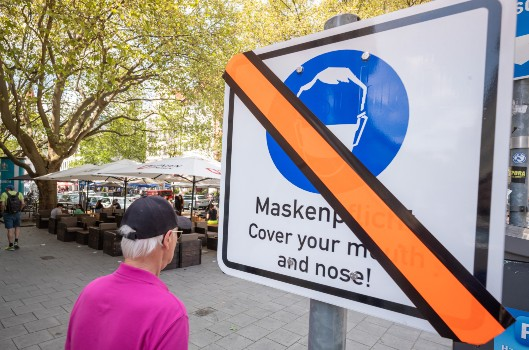 EXPLAINED: The new rules on masks that come into force in Germany next week