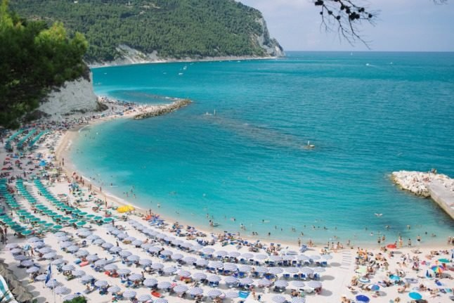 EXPLAINED: What are the Covid-19 rules on Italy's beaches this summer?