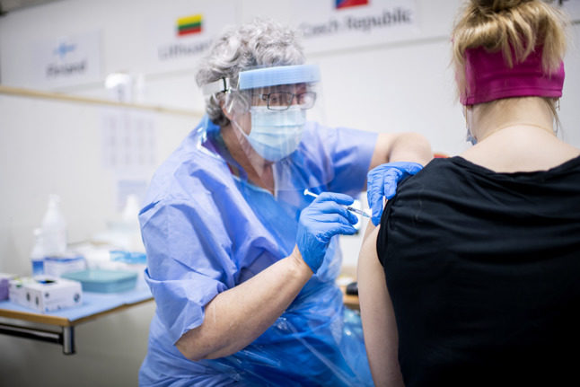 Five of Sweden's regions open Covid-19 vaccine booking to all over-18s
