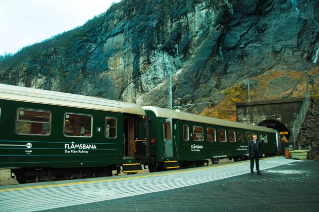 COMPARE: What is the best way to travel around Norway