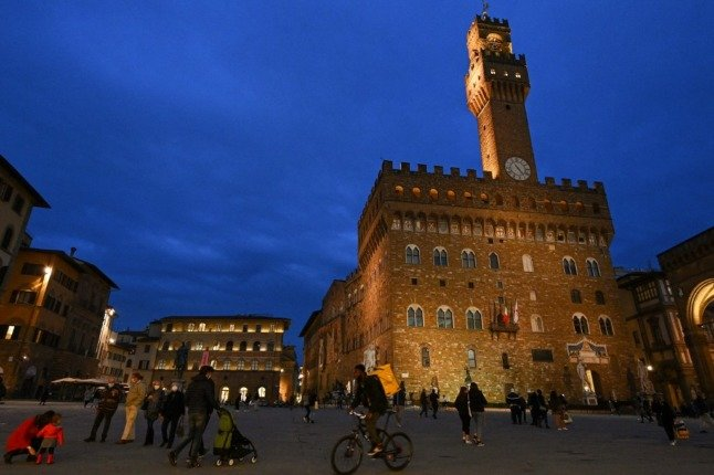No more passeggiata: Florence limits evening walks in city centre 'to stop virus spread'