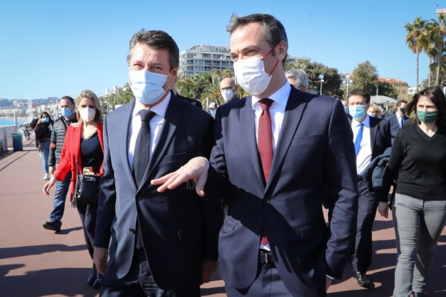 EXPLAINED: Where in France do you have to wear a face mask?