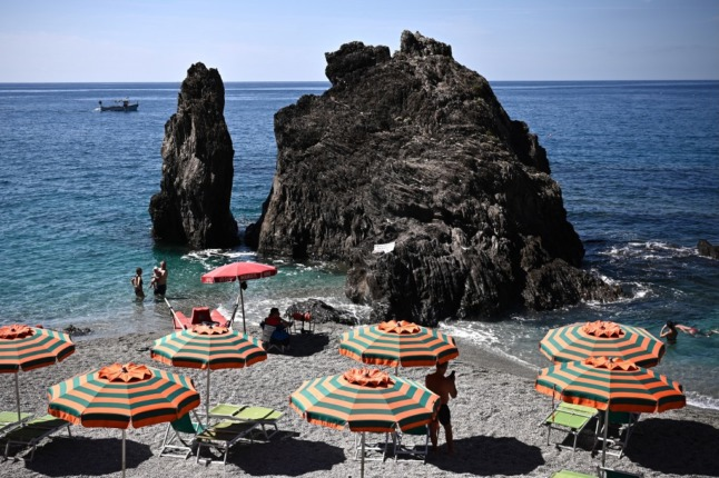 Private lidos take up more than 40 percent of Italian beaches: report