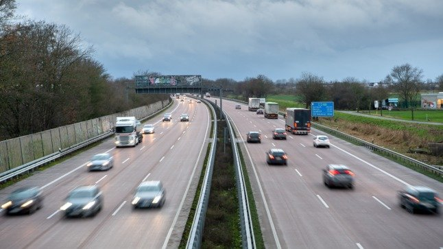 Should Germany impose an Autobahn speed limit to fight climate change?