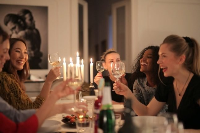 3 phone apps to help you make friends in Denmark