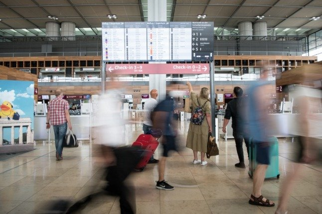 Many non-EU travellers to face €7 fee to enter Sweden