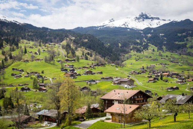 Property: In which Swiss cantons are homes the cheapest – and the most expensive?