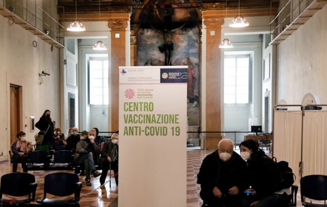 Third doses and mandatory jabs: What's next for Italy's Covid vaccination campaign?