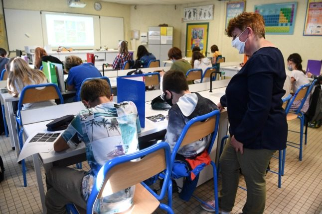 Why Macron wants to change how teachers in France are recruited