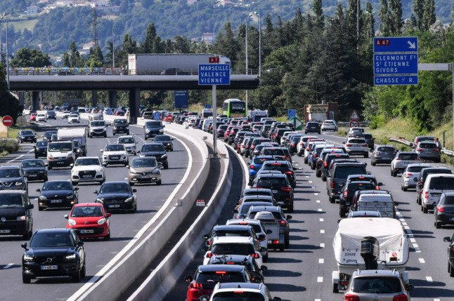 Should France lower the speed limit on motorways?
