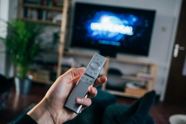 EXPLAINED: Who has to pay France's TV licence?