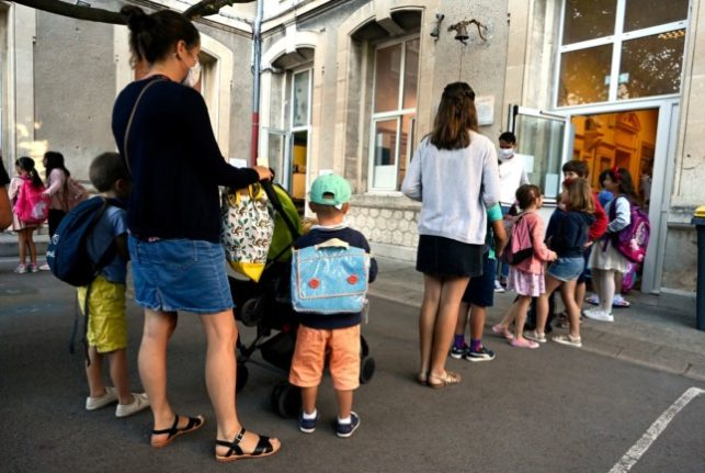 Parents in Italy to require Covid green pass to enter schools