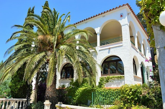 Property news in Spain: Who is buying luxury properties and where are they?