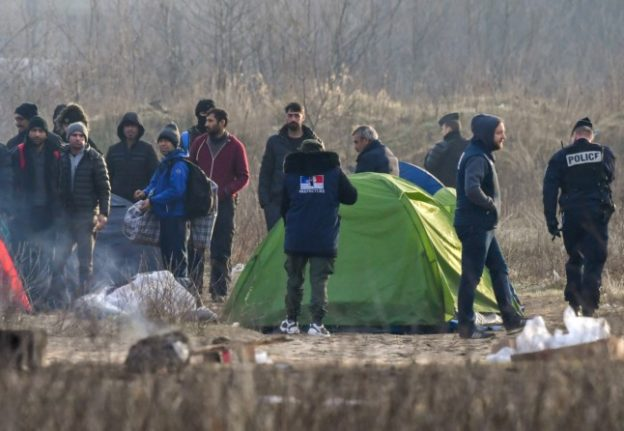 French police cause misery for migrants in Calais