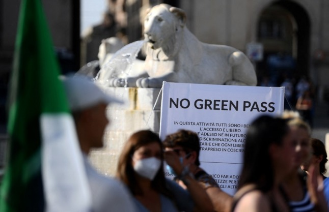 Italian senator suspended for going to work without Covid green pass