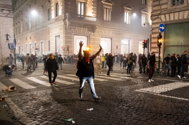 IN PICTURES: Demonstrators and far right clash with police in Rome after green pass protest