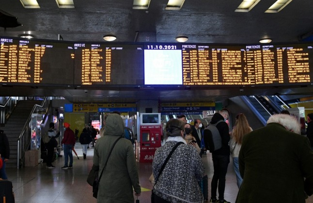 Strikes in Italy cause public transport misery and flight cancellations