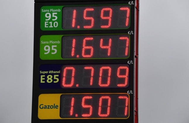 France to give extra help for people struggling with fuel price rises