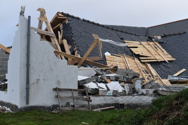 Storms in northern France lead to train disruption and power cuts