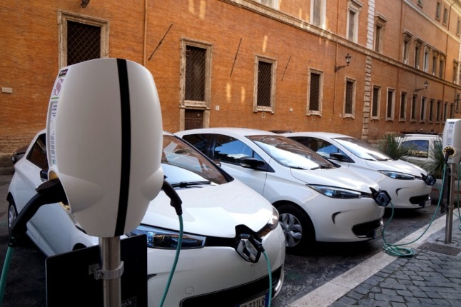 IN DETAIL: The financial aid to buy greener vehicles in France