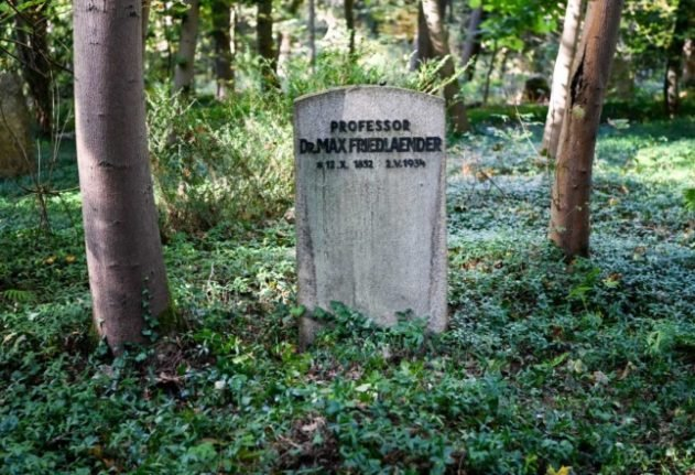Outrage in Germany after remains of neo-Nazi buried in empty Jewish grave