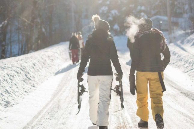 Stupidity or freedom? Foreigners in Switzerland on Covid rules for skiing