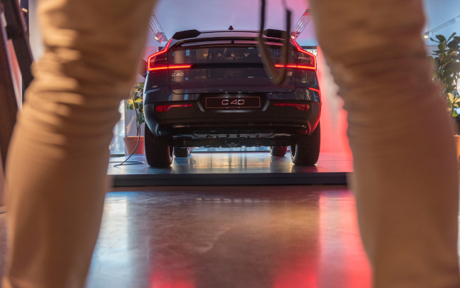 Volvo sets share price as it gears up for Stockholm stock exchange listing