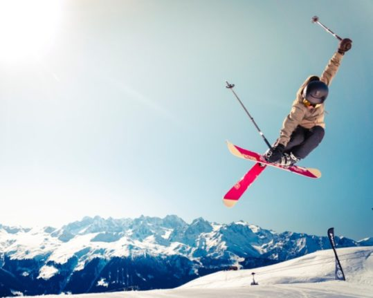 COMPARE: What Covid rules are in place for the ski season across Europe?